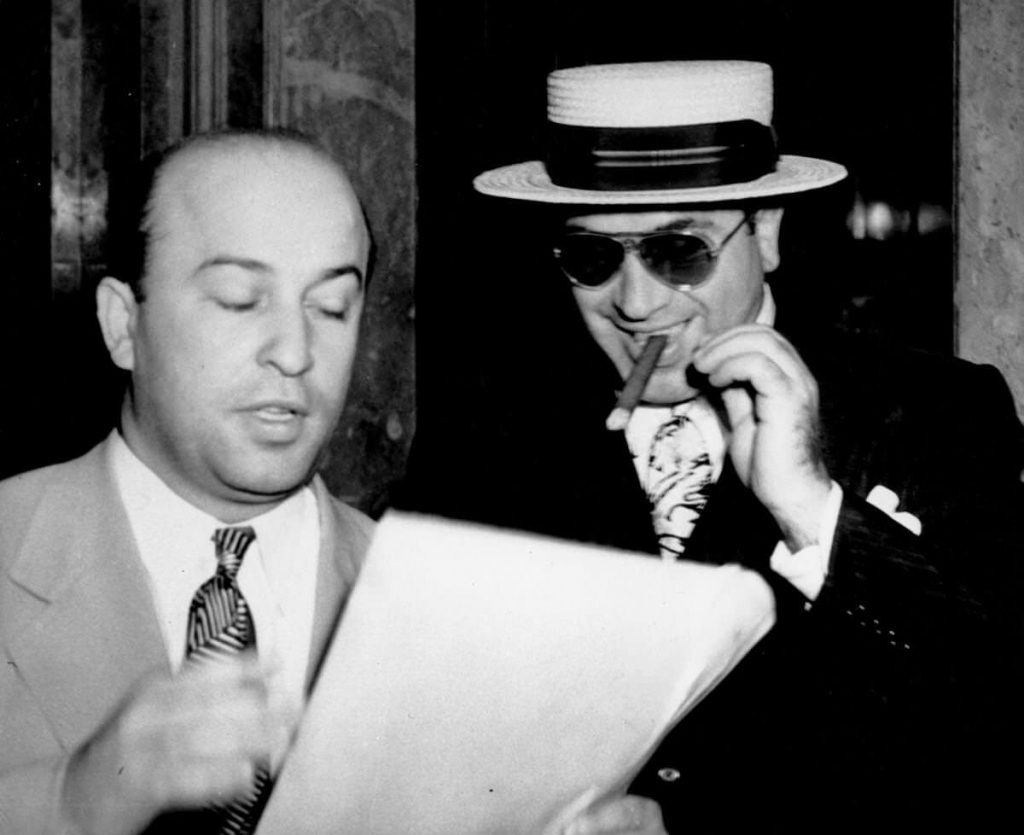 Al-Capone-with-boater-sunglasses-and-cigar