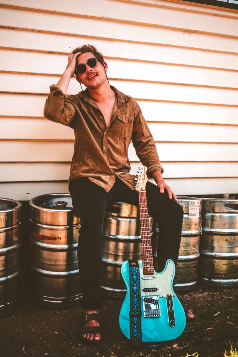 Rising musician Andy Martin releases fast-paced indie-rock song ...